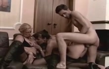 Two German matures anal threeway
